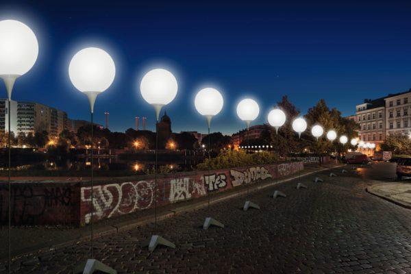Lichtinstallation zum Berliner Mauerfall Lichtgrenze